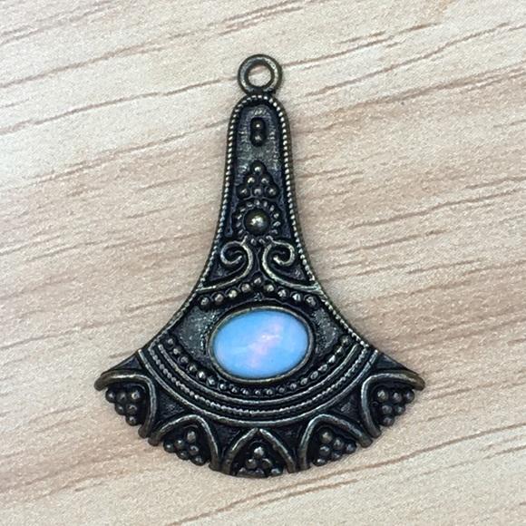 Antique Jewelry - Antique opal pendant